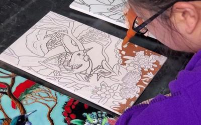 全手绘制瓷板画和机器瓷板画的区别?